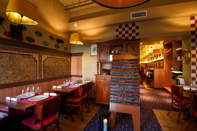 Les copains d barquent restaurant strasbourg for Diner entre copains